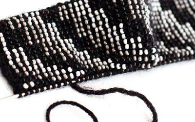 Ir vis dėl to, kaip megzti riešines su karoliukais?