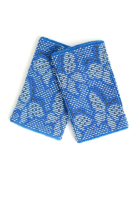 mėlynos spalvos riešinės su karoliukais