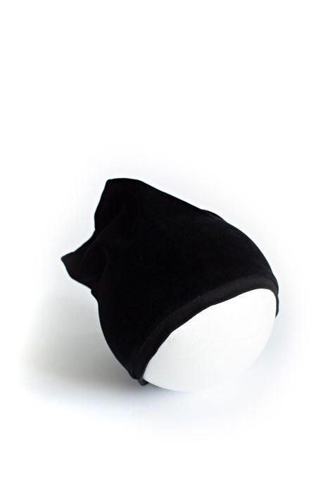 Kepurė Kristaliniai Rombai juodos spalvos